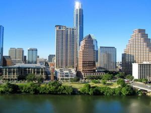 800px-Austin_Texas_Lake_Front